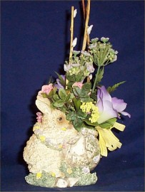 Easter Rabbit Center Piece Silk Flowers Table Decor New